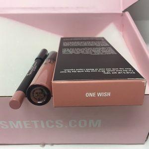 Kylie Cosmetics Makeup - Kylie Jenner liquid lip kit lipstick & liner matte